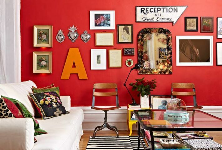 Gallery walls on red.<br/><span>What&#8217;s not to love?</span>