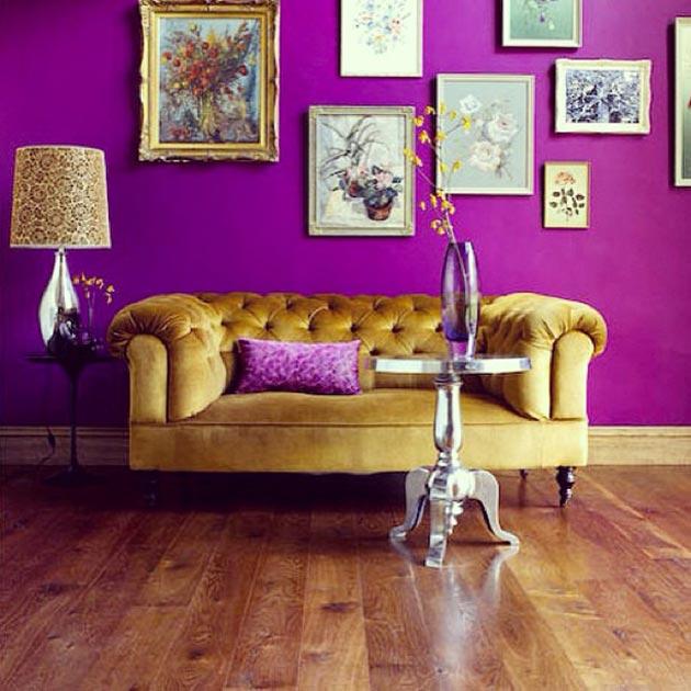 purple-wall-gold-sofa
