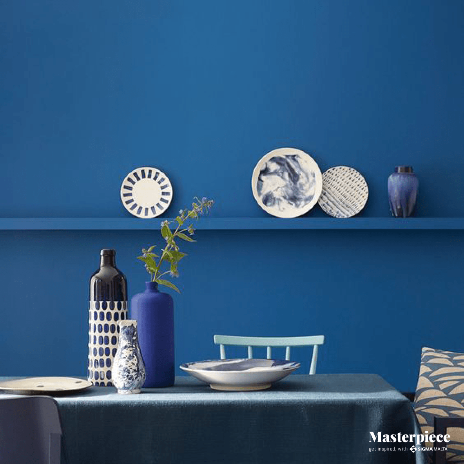 Living in Blue</br><span> Dining Table</span>